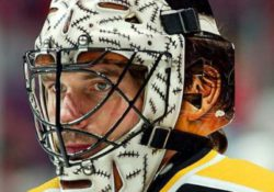 steve-shields-bruins-goalie-mask-with-painted-scars